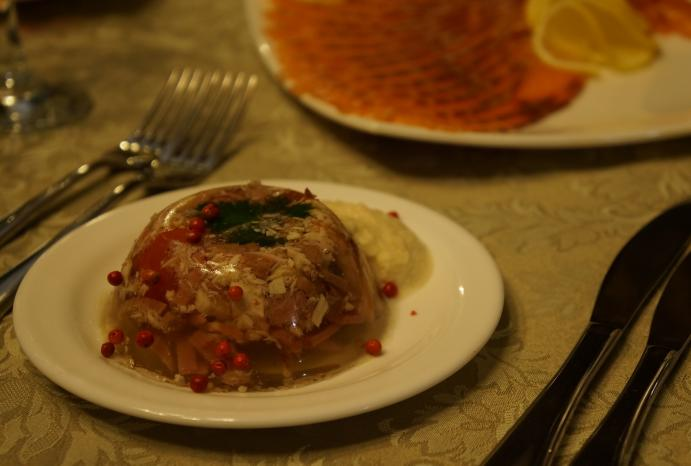 what to do in bucharest aspic
